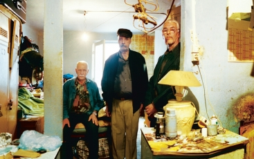 3 men living in insalubrious housing